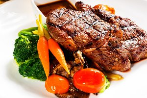 ribeye steak  01.jpg