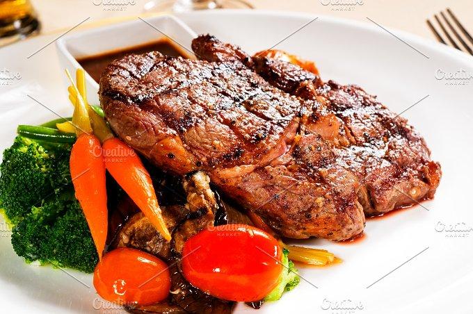 ribeye steak 02.jpg - Food & Drink