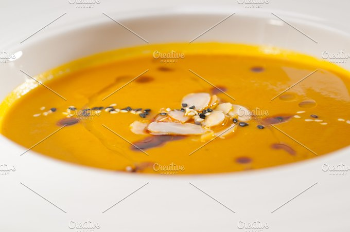 pumpkin soup 11.jpg - Food & Drink
