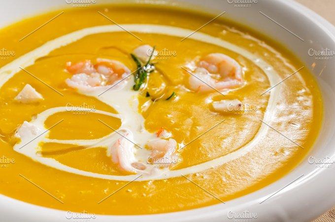 pumpking and shrimps soup 02.jpg - Food & Drink