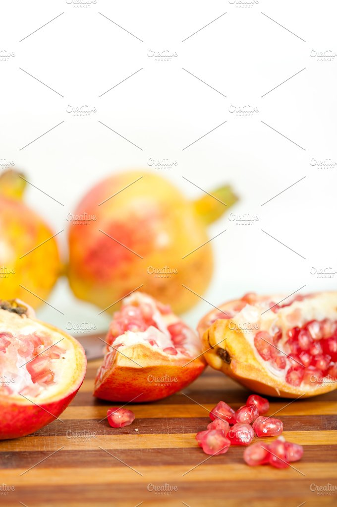 pomegranate 010.jpg - Food & Drink