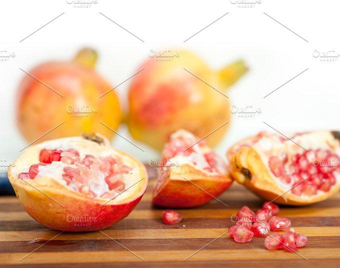 pomegranate 011.jpg - Food & Drink