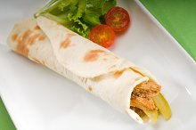 pita bread chicken roll 6.jpg