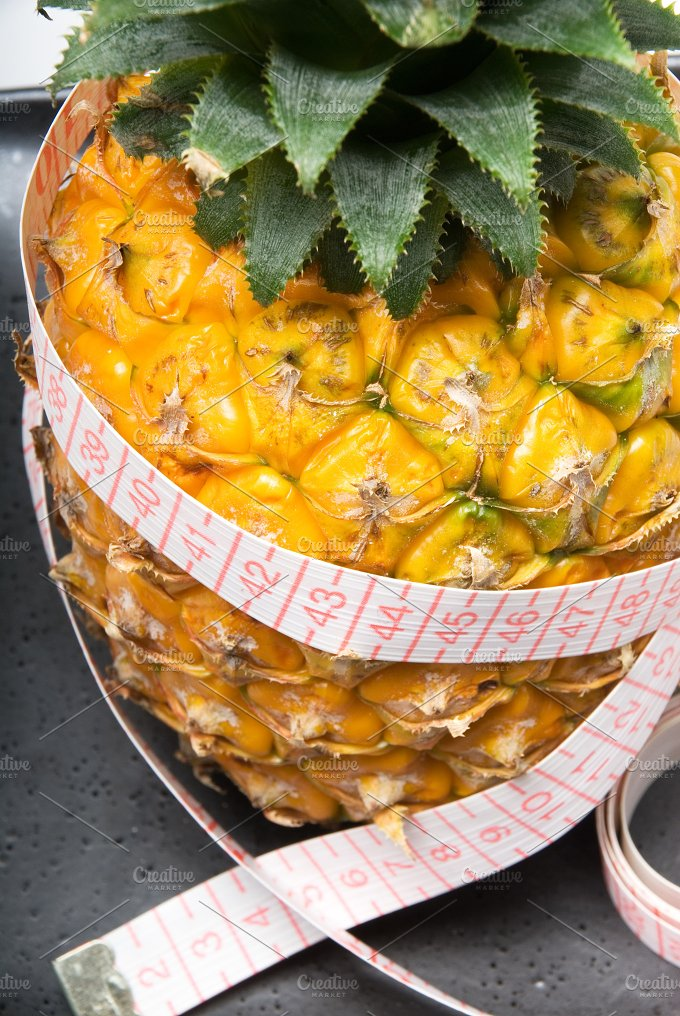 PINEAPPLE (8).jpg - Food & Drink