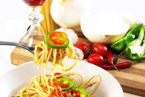 pasta tomato and green peppers 09.jpg