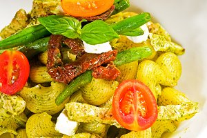 pasta pesto  and vegetables  07.jpg