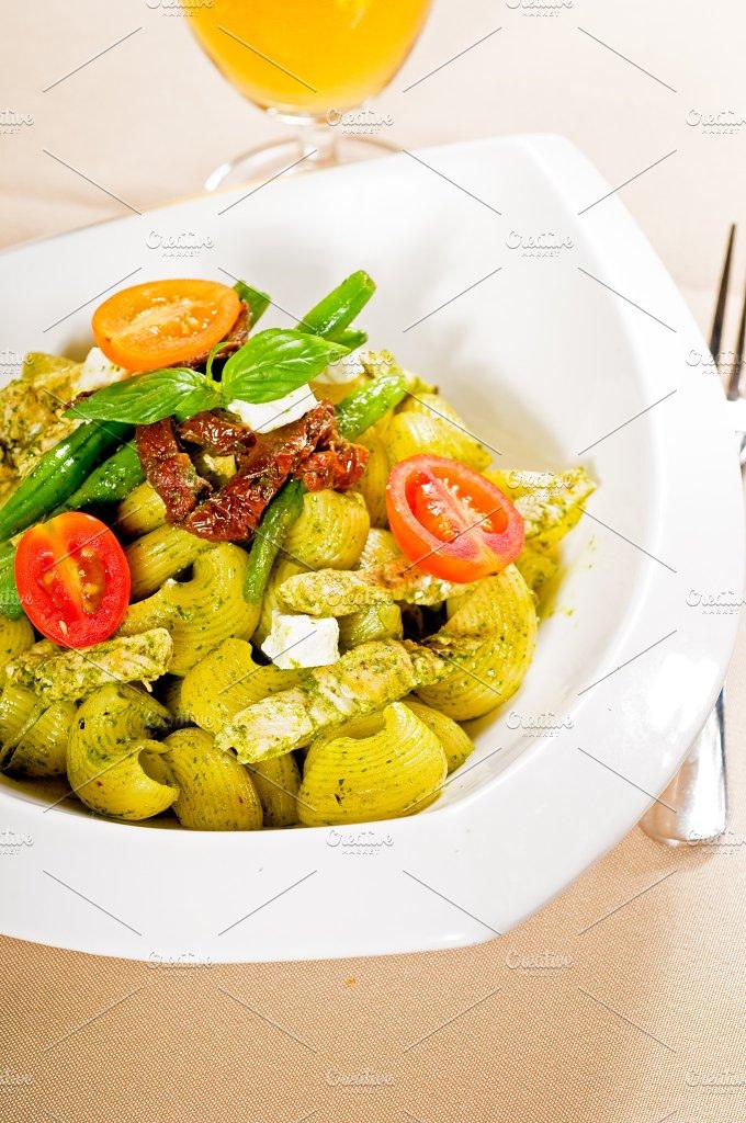 pasta pesto and vegetables 09.jpg - Food & Drink