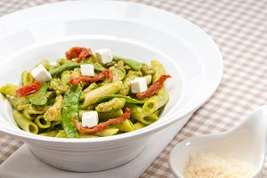 pasta penne pesto chicken and sundried tomatoes 09.jpg