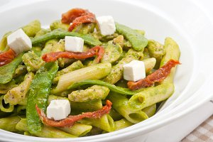 pasta penne pesto chicken and sundried tomatoes 10.jpg