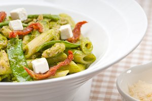 pasta penne pesto chicken and sundried tomatoes 14.jpg