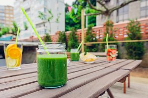 Green vegetable smoothies