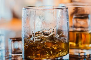 whiskey glass with ice