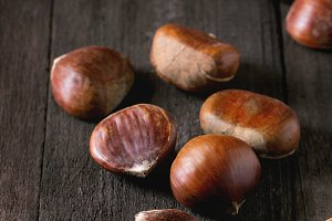 Uncooked edible chestnuts