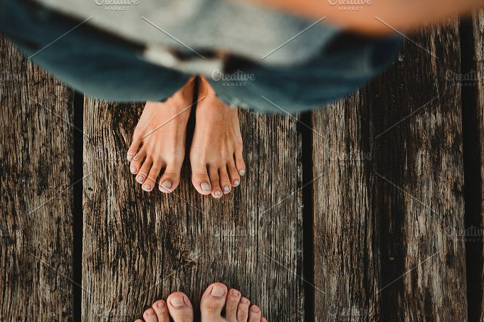 Couple put toes together. Color ver. - People