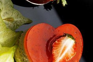 strawberry heart cake 4.jpg