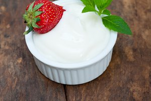 organic Greek yogurt and  strawberries 001.jpg