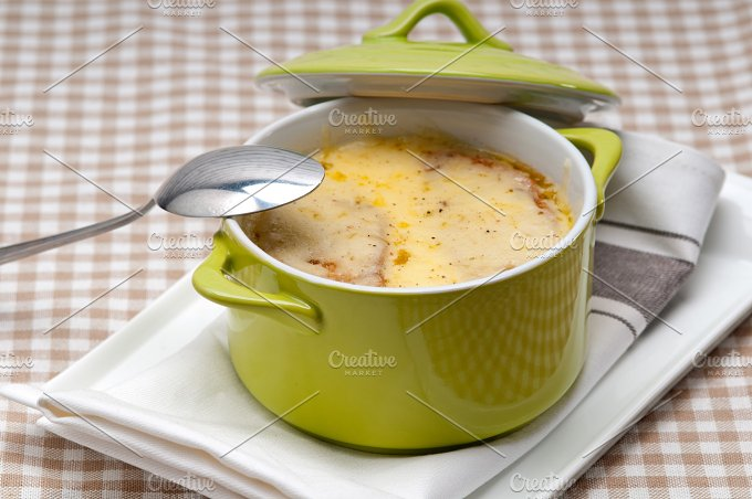 onions soup with melted cheese and toasts on top 07.jpg - Food & Drink