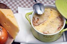 onions soup with melted cheese and toasts on top 10.jpg