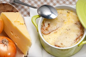 onions soup with melted cheese and toasts on top 11.jpg