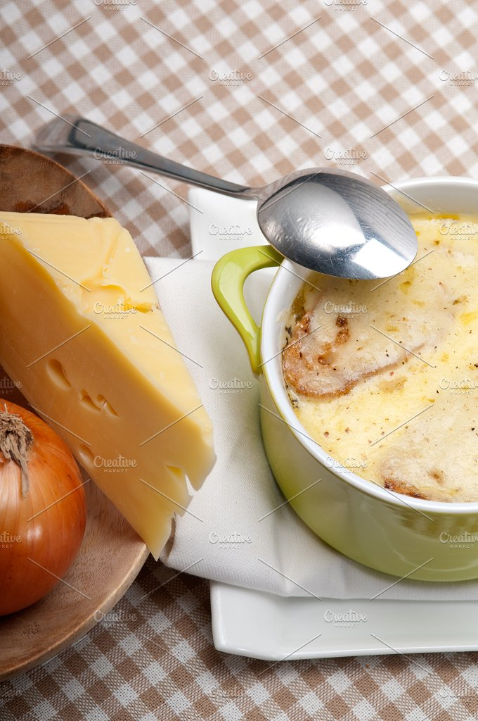 onions soup with melted cheese and toasts on top 13.jpg - Food & Drink
