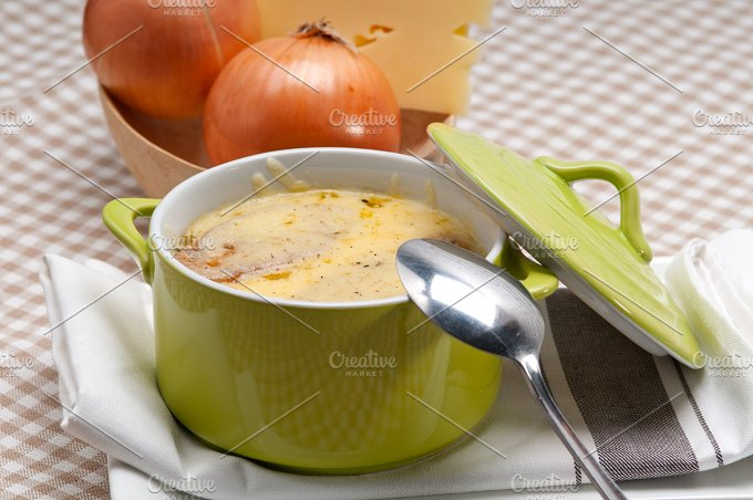 onions soup with melted cheese and toasts on top 18.jpg - Food & Drink