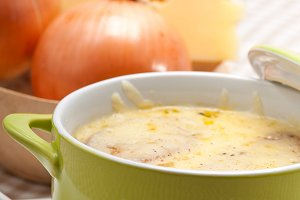 onions soup with melted cheese and toasts on top 30.jpg