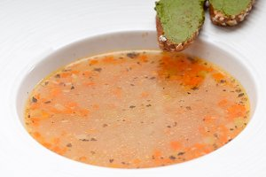 minestrone soup with pesto crostini on side 06.jpg