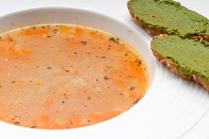 minestrone soup with pesto crostini on side 13.jpg