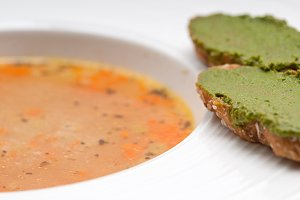 minestrone soup with pesto crostini on side 16.jpg