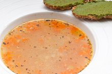 minestrone soup with pesto crostini on side 19.jpg