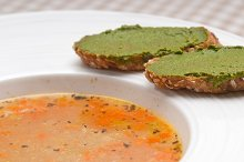 minestrone soup with pesto crostini on side 18.jpg