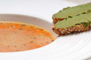 minestrone soup with pesto crostini on side 23.jpg