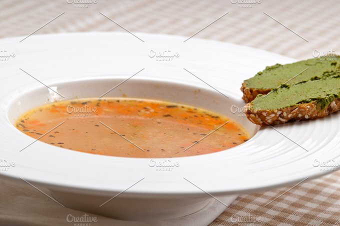 minestrone soup with pesto crostini on side 25.jpg - Food & Drink
