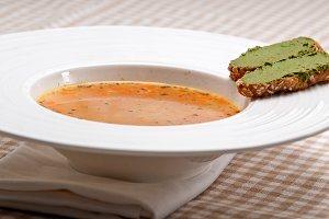 minestrone soup with pesto crostini on side 26.jpg