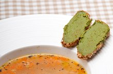 minestrone soup with pesto crostini on side 30.jpg