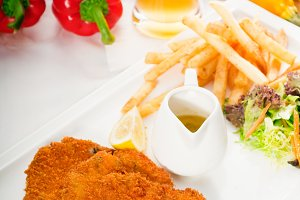 Milanese veal cutlets 04.jpg
