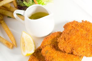 Milanese veal cutlets 11.jpg