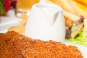 Milanese veal cutlets 14.jpg