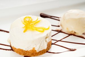 lemon mousse with vanilla ice cream 04.jpg