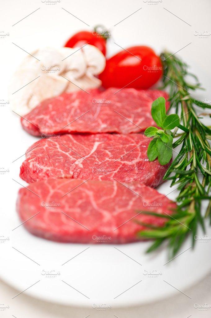 Kobe Miyazaki beef 01.jpg - Food & Drink