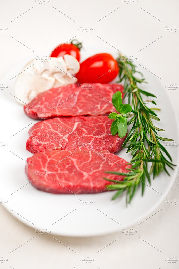 Kobe Miyazaki beef 02.jpg - Food & Drink