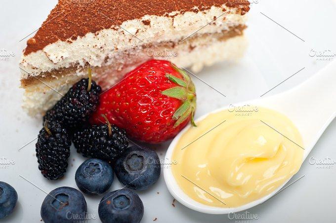 Italian tiramisu dessert 09.jpg - Food & Drink