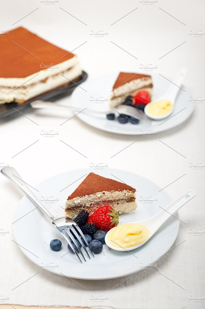 Italian traditional tiramisu 11.jpg - Food & Drink