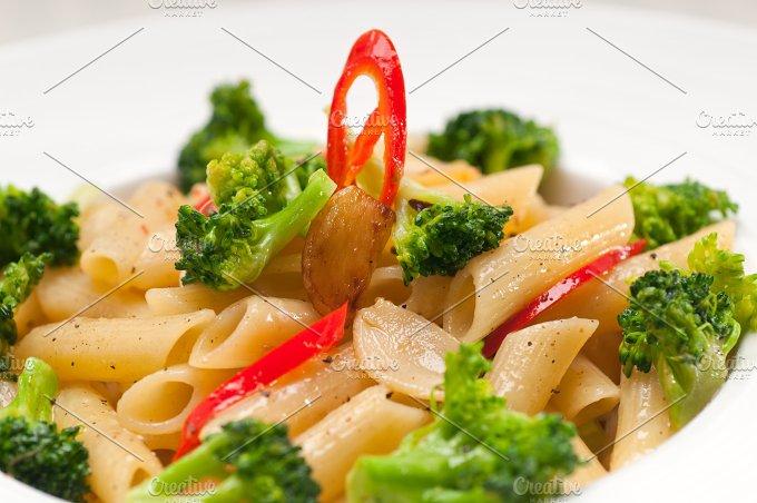Italian penne pasta with broccoli 31.jpg - Food & Drink
