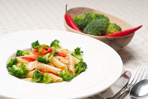 Italian penne pasta with broccoli 08.jpg