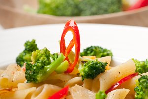 Italian penne pasta with broccoli 17.jpg