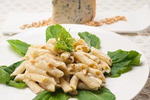 Italian pasta penne gorgonzola  and pine nut 04.jpg