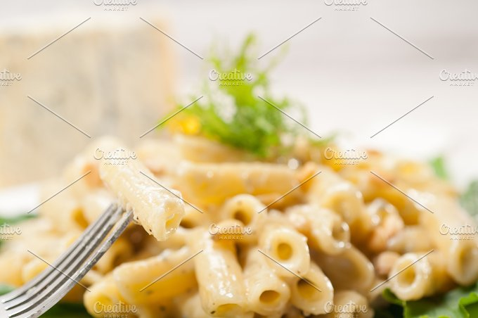 Italian pasta penne gorgonzola and pine nut 15.jpg - Food & Drink