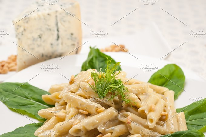 Italian pasta penne gorgonzola and pine nut 21.jpg - Food & Drink