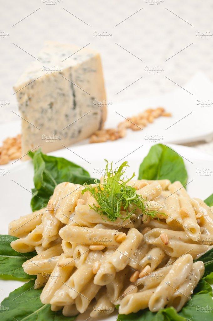 Italian pasta penne gorgonzola and pine nut 25.jpg - Food & Drink